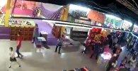 Начало пожара в Кемерово — видео с камеры наблюдения