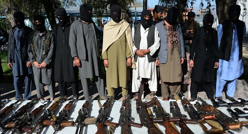 Предполагаемые боевики Талибана в Джелалабаде. Архивное фото