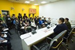 Встреча сотрудников МЧС и преподавателей школ Бишкека в МПЦ Sputnik Кыргызстан