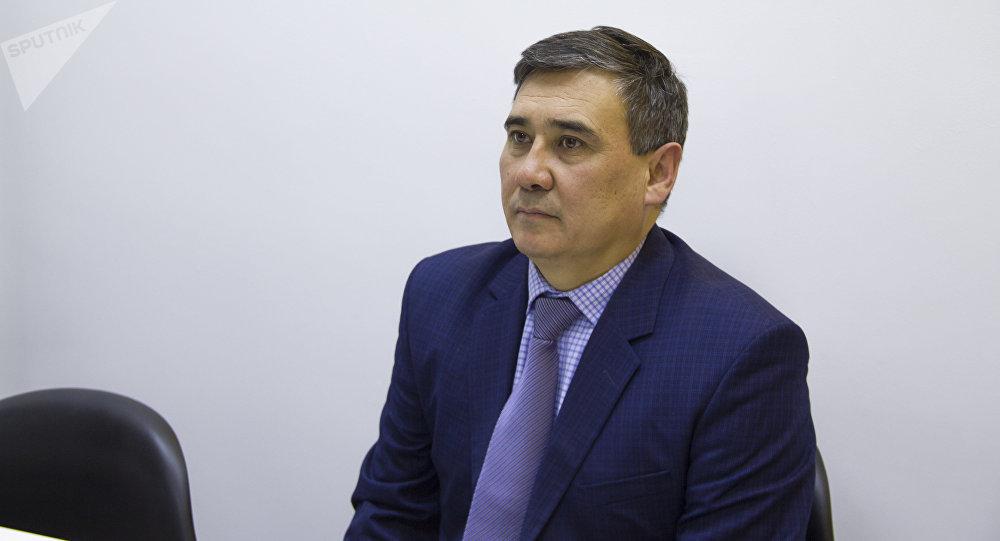 Агрардык университеттин биринчи проректору, профессор Алмазбек Иргашев