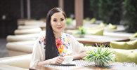 Архивное фото руководителя клиники косметологии и пластической хирургии Айнуры Сагынбаевой