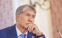Кыргызстандын мурунку президенти Алмазбек Атамбаев. Архив