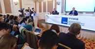 Атамбаев: Сооронбай Жээнбековго мен айтпасам ким айтат