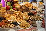 Продукты питания изготовленные в Кыргызстане на выставке в одном из сетевых магазинов Москвы