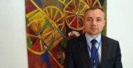 Кандидат политических наук, советник директора Центра новейшей истории Узбекистана АН РУз Влаадимир Парамонов