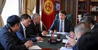 Премьер-министр Сапар Исаков Бишкектеги транспорт ишканаларынын ишмердүүлүгү боюнча өткөргөн жыйынында