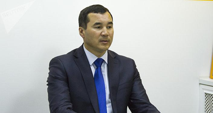 Ош облусуна жетекчи болуп дайындалган Узарбек Жылкыбаев. Архив