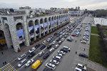 Автомобильный затор на площади Ала-Тоо в центре Бишкека