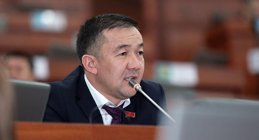 Парламент Киргизии выбрал Мухаммедкалыя Абылгазиева новым премьер-министром