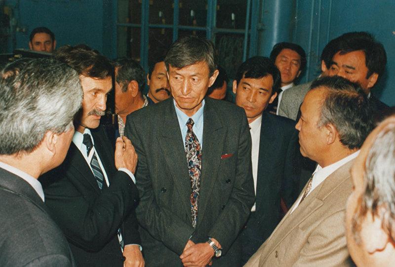 Видный государственный и общественный деятель, премьер–министр Кыргызской Республики Жумабек Ибраимов