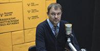 Главный тренер сборной КР по футболу Александр Крестинин
