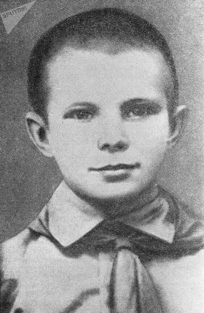 Летчик-космонавт СССР, Герой Советского Союза Юрий Гагарин