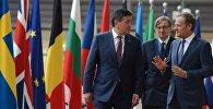 Президент КР Сооронбай Жээнбеков на встрече с Председателем Европейского Совета  Дональдом Туском в Брюсселе