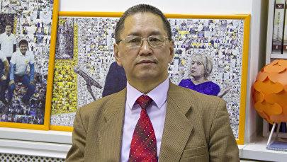 Кыргыз билим берүү академиясынын вице-президенти Алмаз Токтомаметов