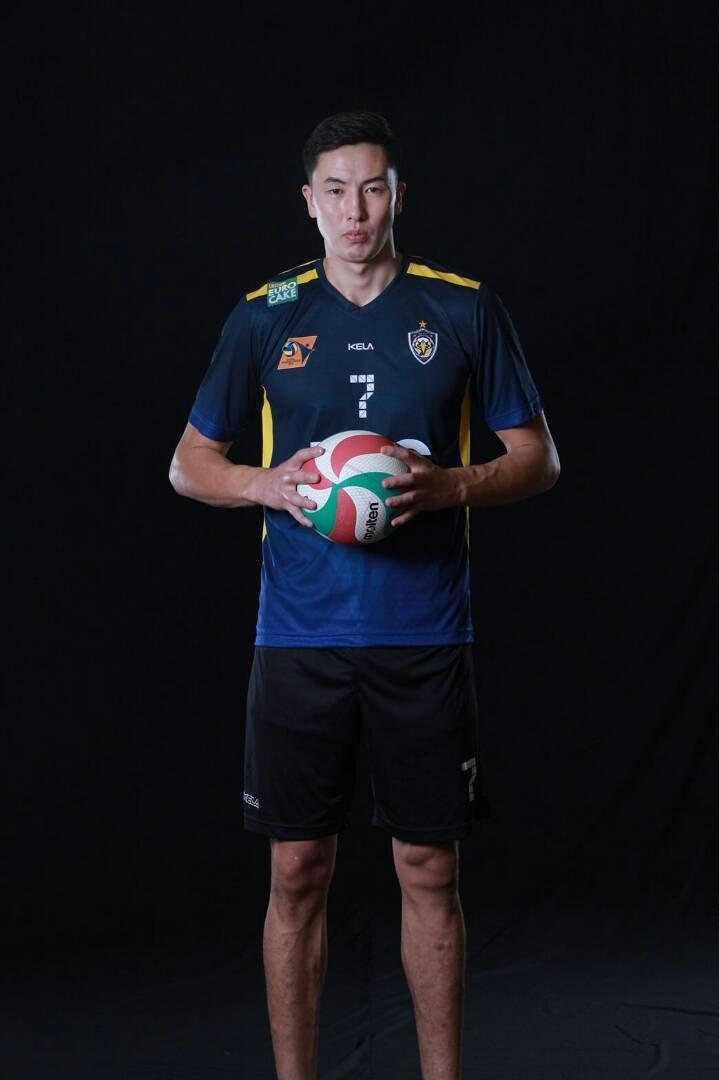 Капитан сборной команды Кыргызстана по волейболу, игрок Таиландской команды Эйр Форс Онолбек Каныбек уулу