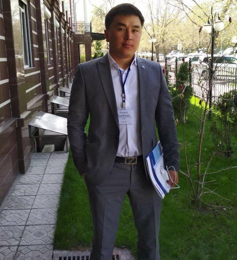 Погибший в ДТП глава айыл окмоту Боз-Учук Ак-Сууйского района Иссык-Кульской области Кыдыр Тыналиев