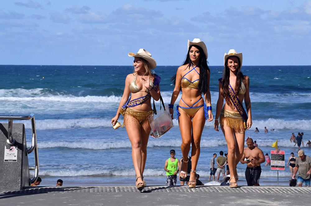 Пляж Surfers Paradise в австралийском городе Голд-Кост