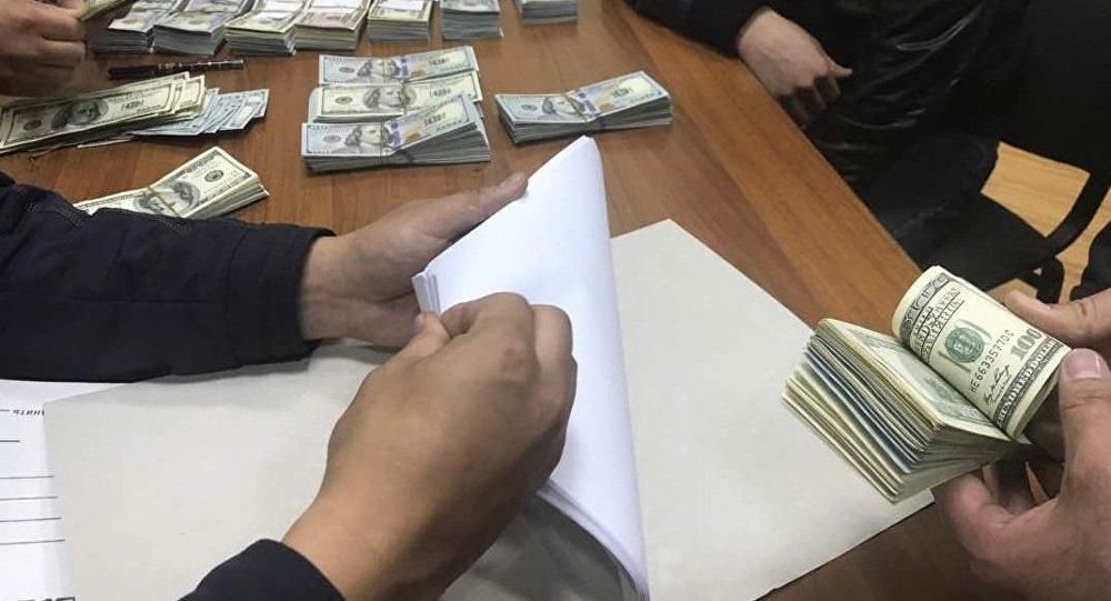 Задержание со взяткой главы управления Генпрокуратуры
