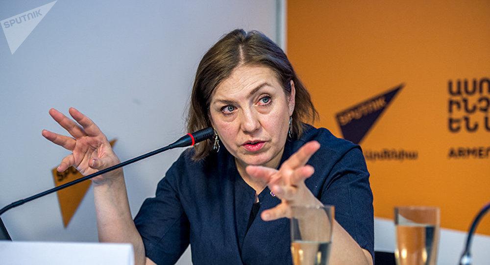 Архивное фото поссийского журналиста, продюсера и медиаменеджера Натальи Лосевой