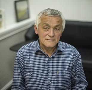 Координатор Федерации органического движения Кыргызстана Bio KG Султан Сарыгулов во время интервью корреспонденту Sputnik Кыргызстан