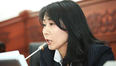 Жогорку Кеңештин депутаты Аида Исмаилованын архивдик сүрөтү