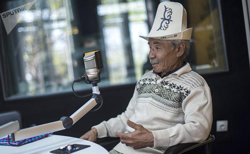 Кыргызский актер игравший роль Сейита в фильме Джамиля Назирет Дубашев во время интервью корреспонденту Sputnik Кыргызстан