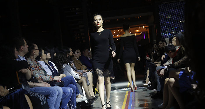 Показ моды Весна-лето — 2018 Замиры Молдошевой