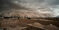 Фронт бури выглядел как плотная стена и напоминал апокалиптическую картину