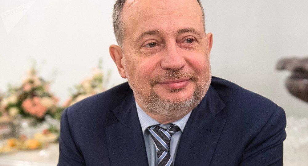 Forbes включил совладельцев «ТАИФа» всотню самых богатых предпринимателей РФ