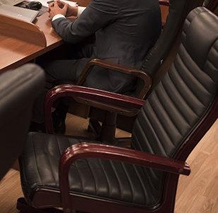 Кресло депутата ЖК. Архивное фото