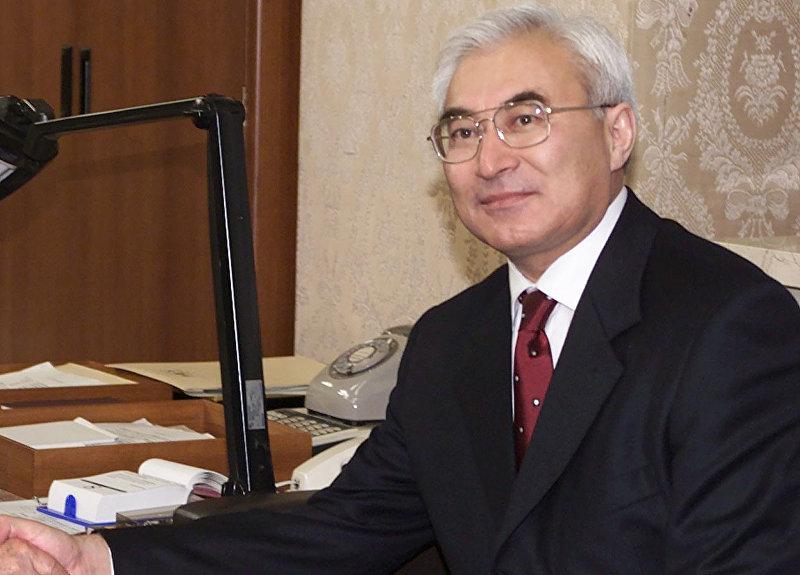Государственный деятель, экс-премьер-министр КР Амангелди Муралиев