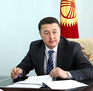 Кандидат в вице-премьеры Замирбек Аскаров