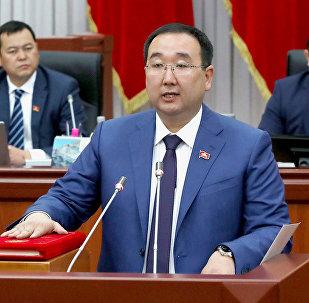Кыргызстан фракциясынын депутаты Чойбеков Русландын архивдик сүрөтү