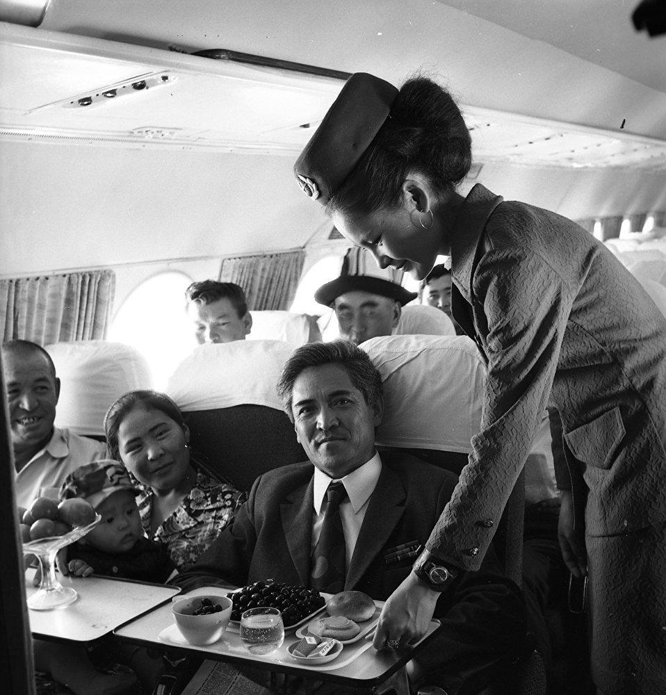 1994-жылы биринчи эл аралык Бишкек — Стамбул аба каттамы ишке кирген