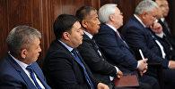 Премьер-министр Мухаммедкалый Абылгазиев өкмөт мүчөлөрү менен кеңешме өткөрдү