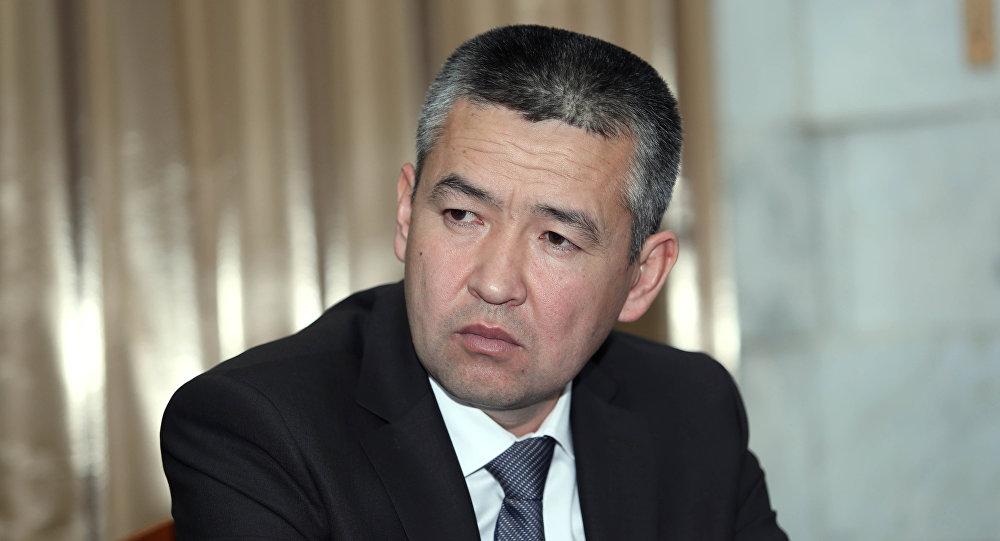 Министр чрезвычайных ситуаций КР Нурболот Мирзахмедов. Архивное фото