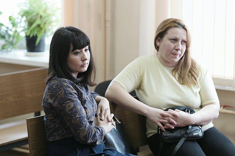 Екатерина Туганова и Люция Рамазанова во время заседания в Центральном районном суде Челябинска