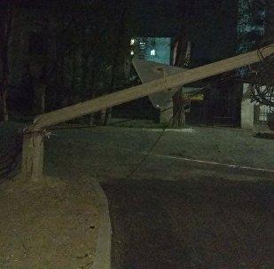 Бишкектеги катуу шамалдын кесепети