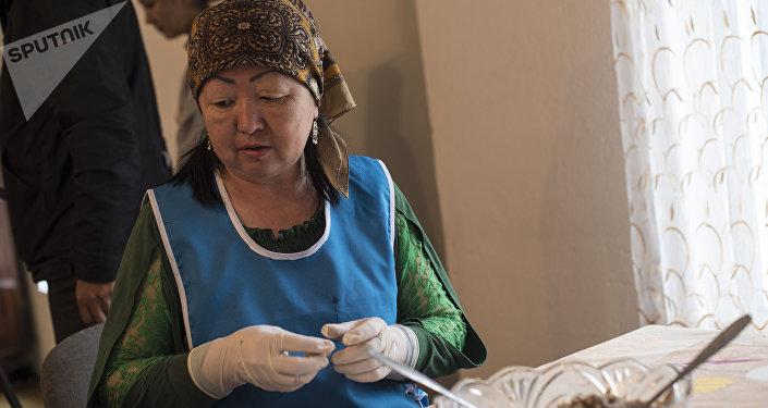 За день работницы изготавливают 20 килограммов пельменей