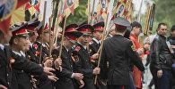 Бишкектеги Өлбөс полктун жүрүшү. Архивдик сүрөт