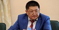 Мурдагы саламаттык сактоо министри Космосбек Чолпонбаев. Архивдик сүрөт