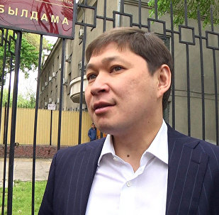 Эски премьер-министр Сапар Исаков. Архивдик сүрөт