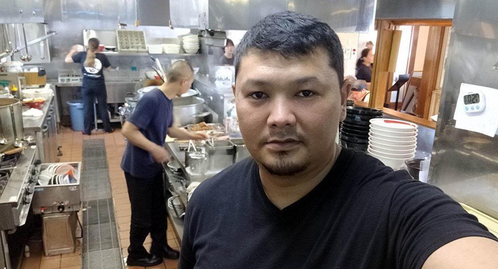 28 жаштагы Асылбек Асаналиев алты жылдан бери Япониянын Цукуба шаарында иштейт