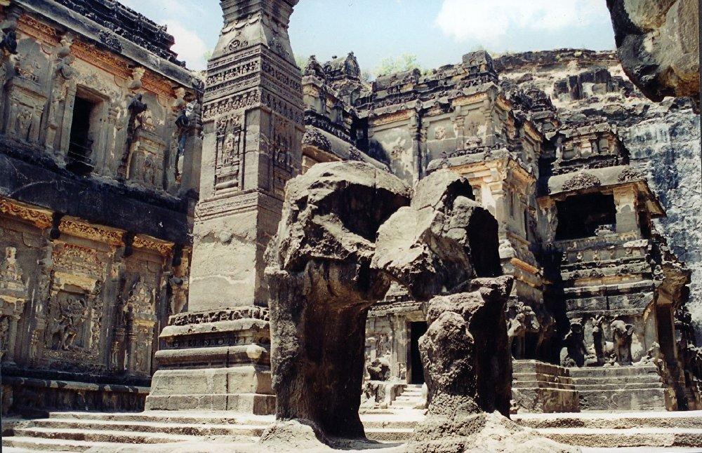 Объекты Всемирного наследия ЮНЕСКО — храмовый комплекс в индийской деревне Эллора