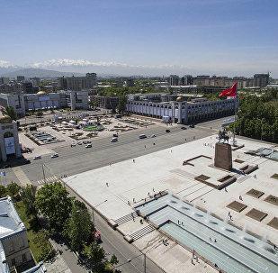 Как горожане отмечают 140-летие Бишкека — видео из центра столицы