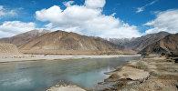 В окрестностях города Шигатса. Тибет. Архивное фото
