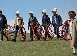 Фольклордук фестивалдын катышуучулары. Архив