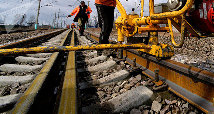 Железнодорожные рабочие. Архивное фото