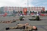 Представление ко дню празднования 73-й годовщины Дня победы на площади в Оше
