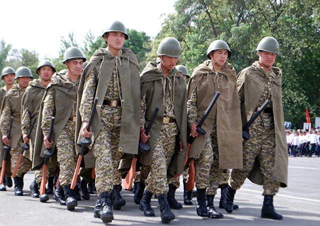 Празднование 73-й годовщины Дня Победы на главной площади города ОШ